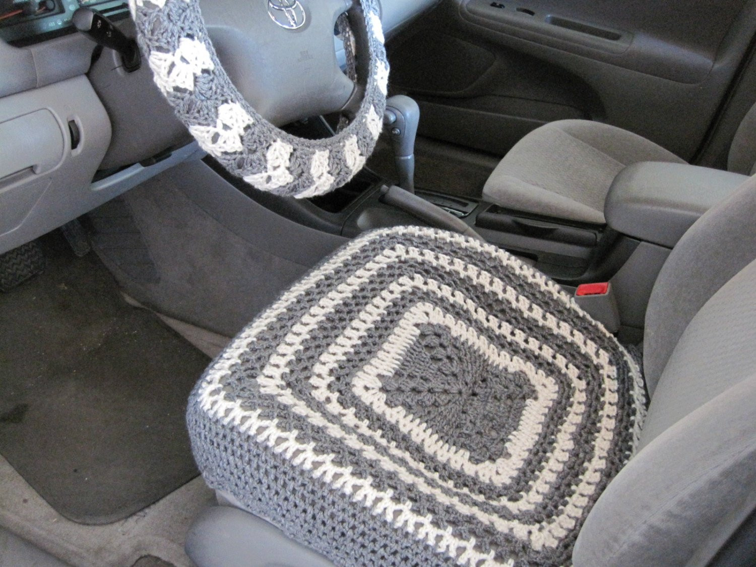 Crochet Car Front Seat Cover aran grey heather CCFSC1A