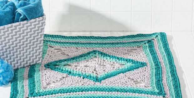 Crochet Sea Glass Bath Rug [FREE Crochet Pattern]
