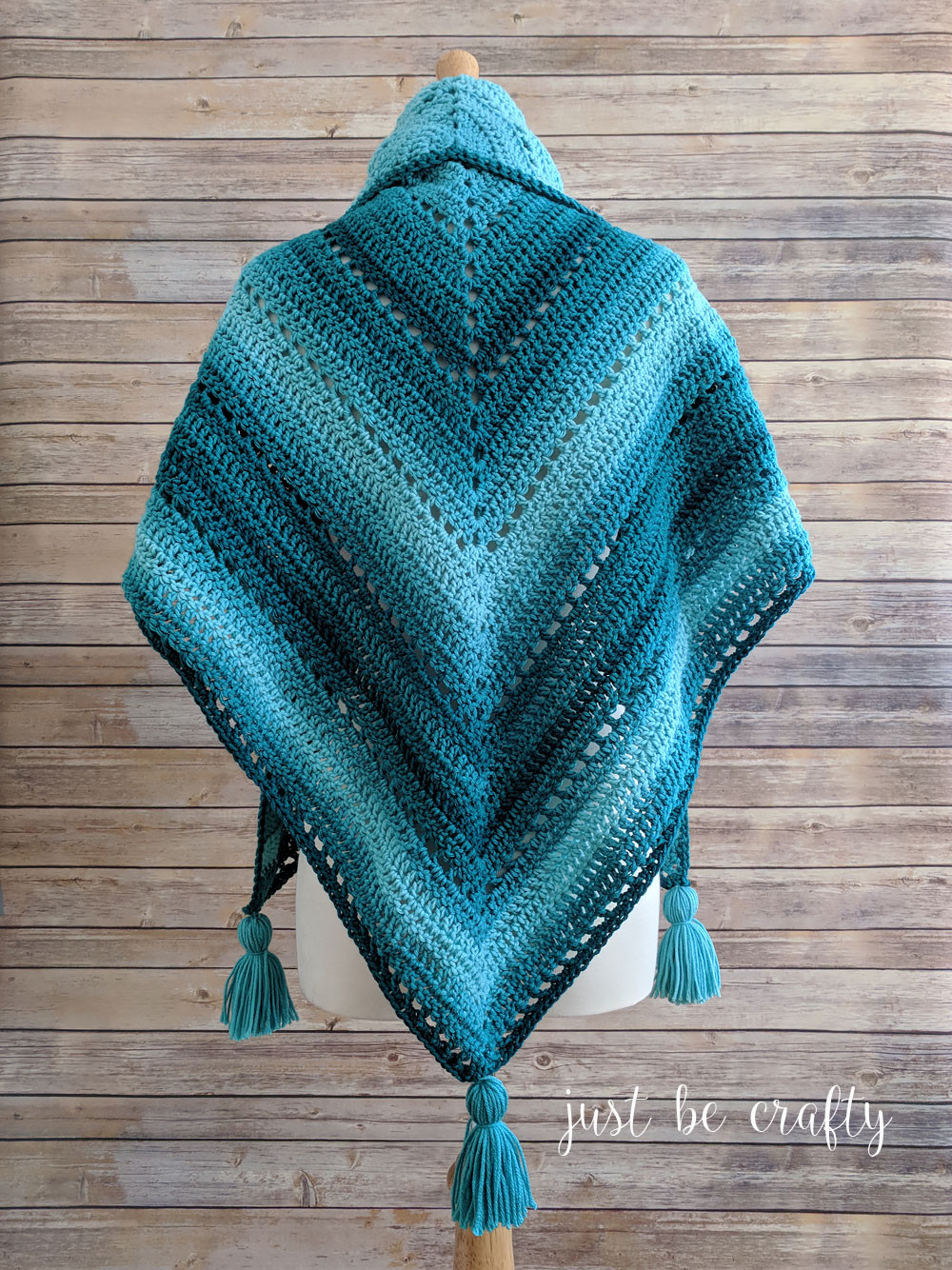 Crochet Triangle Shawl Pattern Free Crochet Pattern by