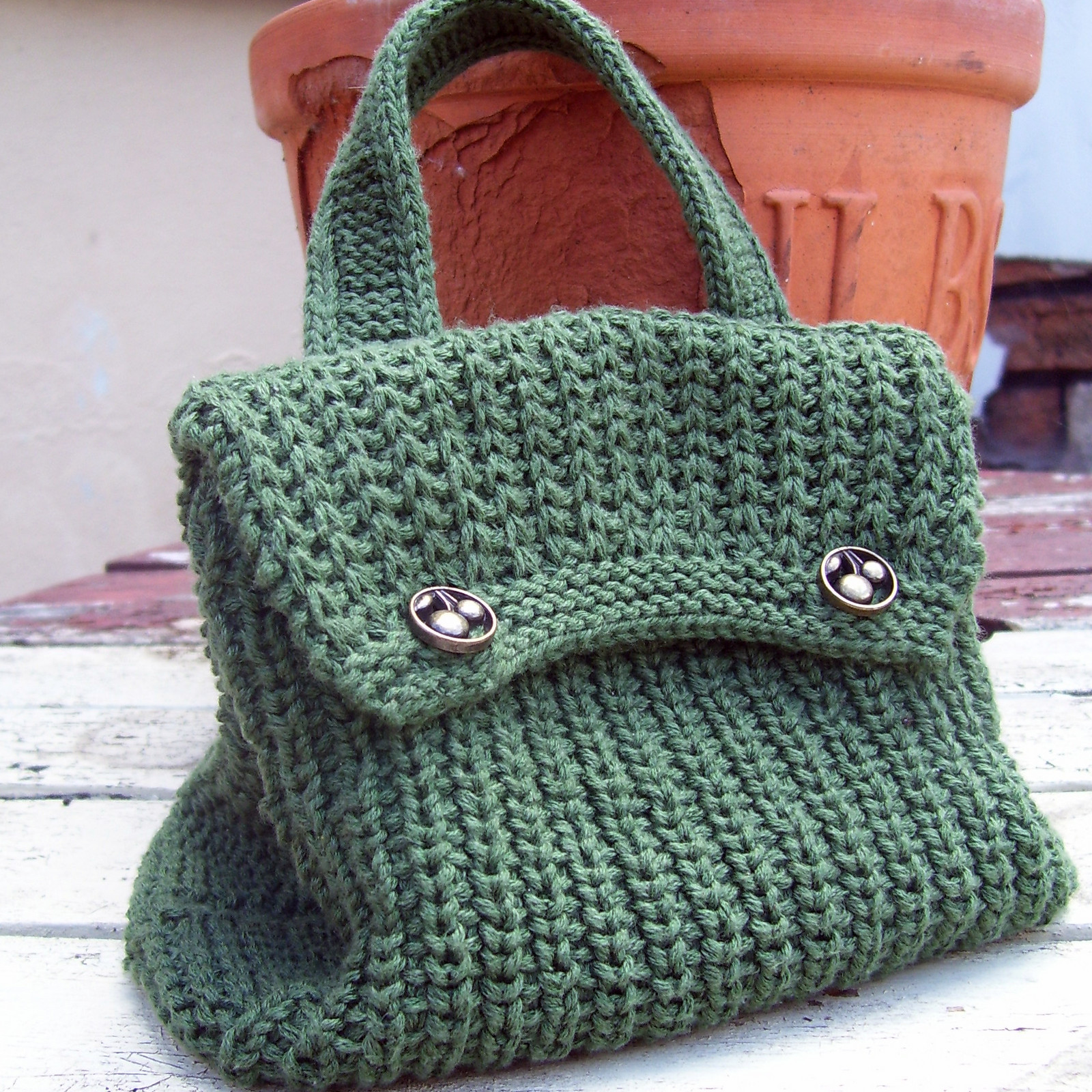 CROCHETED FREE HANDLE KNITTED PATTERN PURSE Crochet and