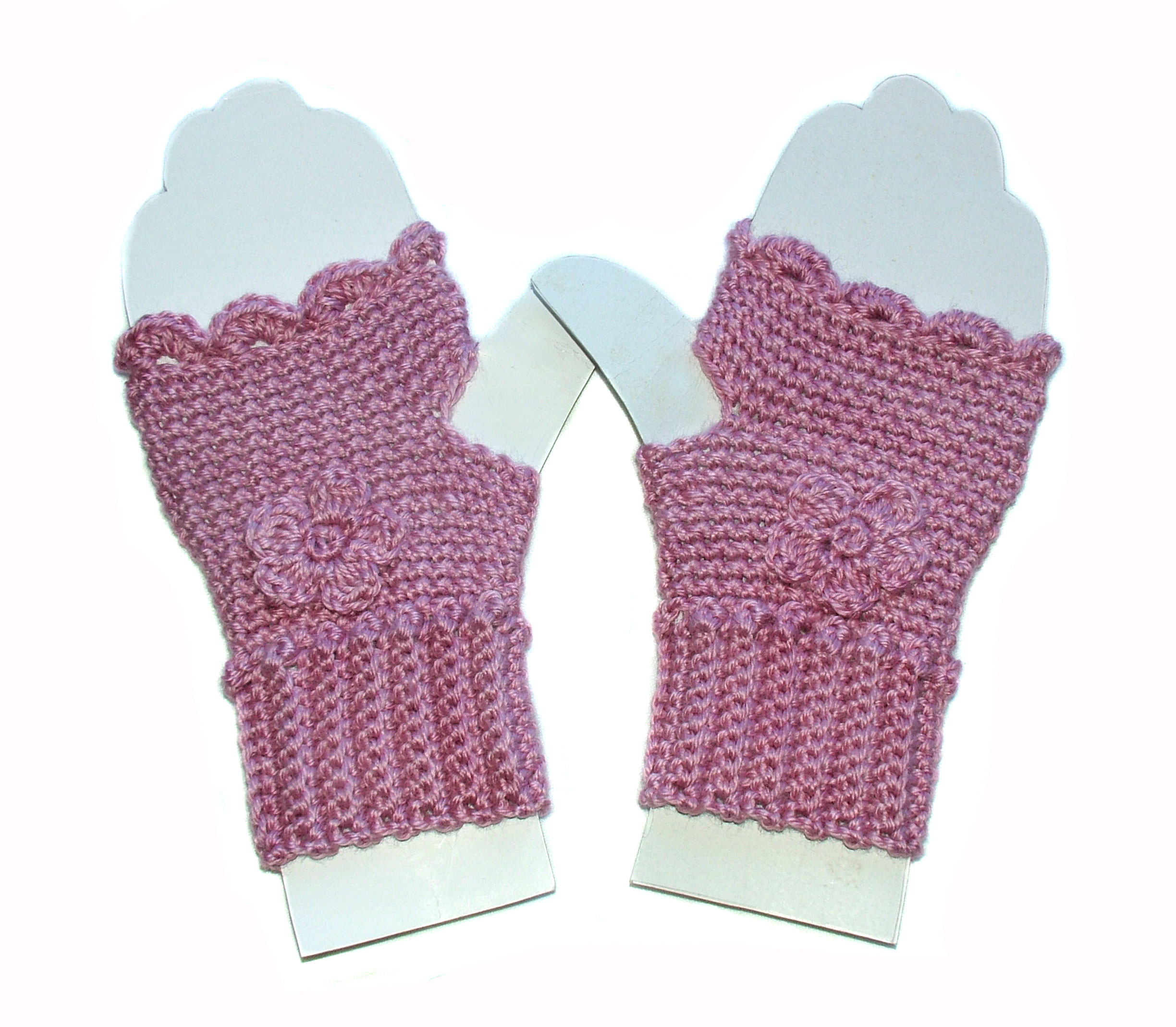 Beautiful Fingerless Mittens with Ribbed Cuff & Bobbled Wrist… Warm Mitten Pattern Of Top 42 Pictures Mitten Pattern