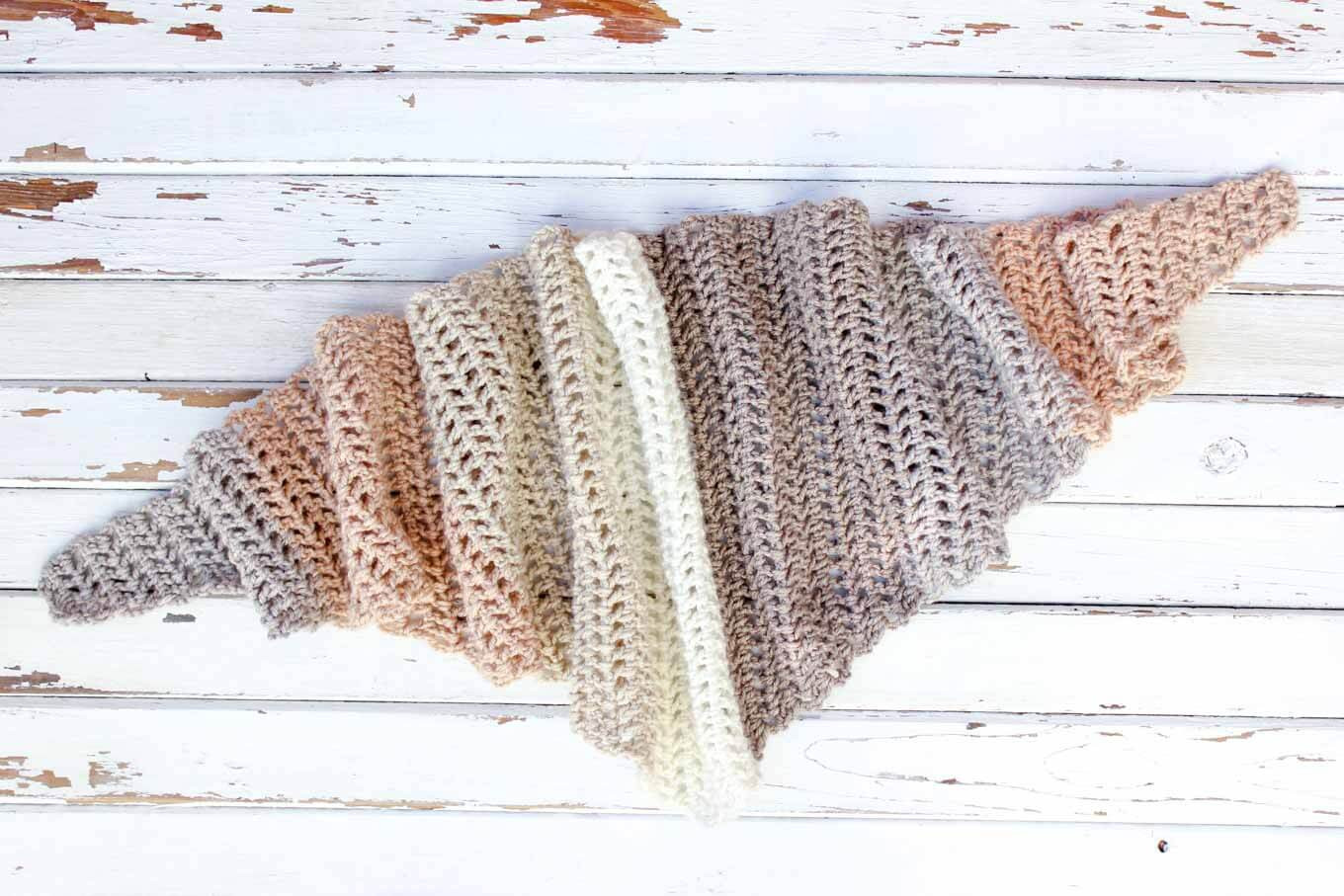 Beautiful Free Caron Cakes Crochet Pattern Desert Winds Triangle Scarf Caron Patterns Of Charming 48 Pics Caron Patterns