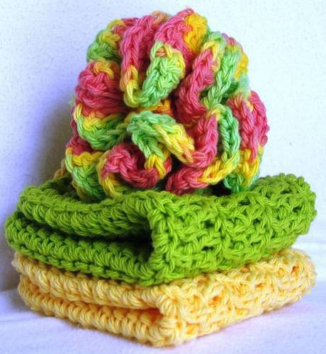 [Free Pattern] Make Your Own Crochet Bath Scrubbie And