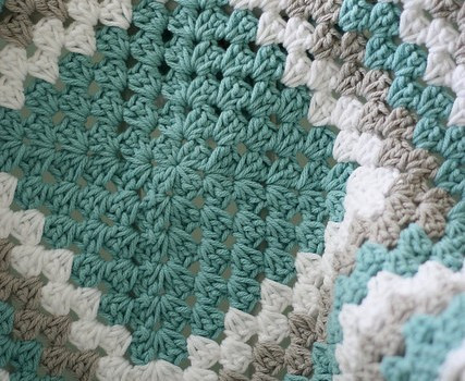 Beautiful [free Pattern Video Tutorial] Never Ending Crochet Free Crochet Granny Square Baby Blanket Patterns Of Contemporary 45 Pictures Free Crochet Granny Square Baby Blanket Patterns