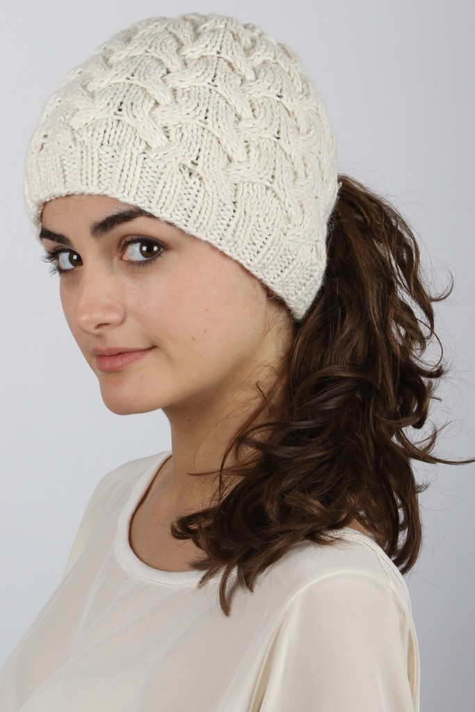 Beautiful Hairstyles to Wear with Winter Hats Women Hairstyles Ponytail Winter Hat Of Incredible 45 Pictures Ponytail Winter Hat