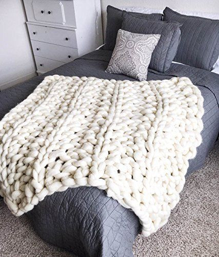 Beautiful How to Make An Arm Knit Blanket In Less Than An Hour Big Yarn Blanket Diy Of Delightful 46 Ideas Big Yarn Blanket Diy