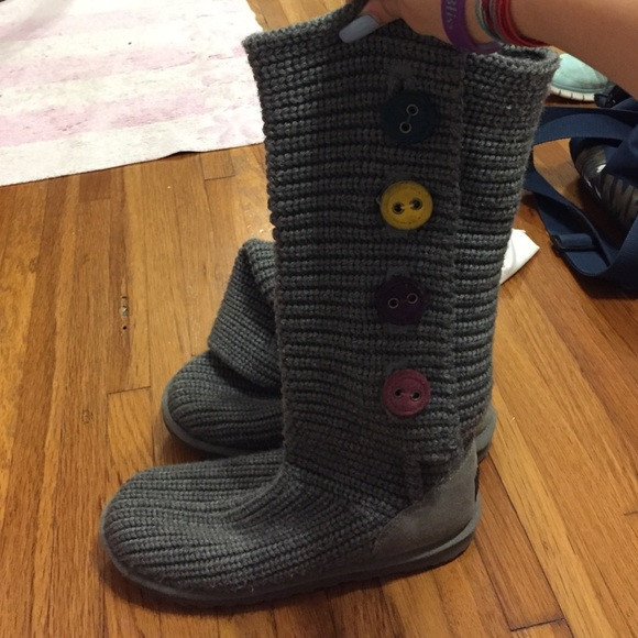 Beautiful Off Ugg Shoes Grey Crochet Uggs with Colored buttons Crochet Uggs Boots Of New 45 Ideas Crochet Uggs Boots