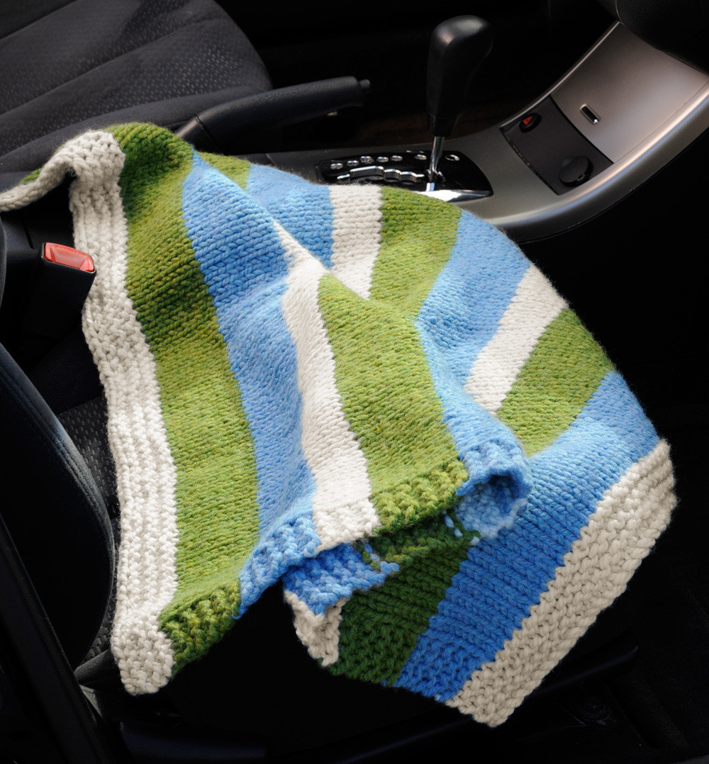 pact car blanket in lion brand wool ease thick and quick l c