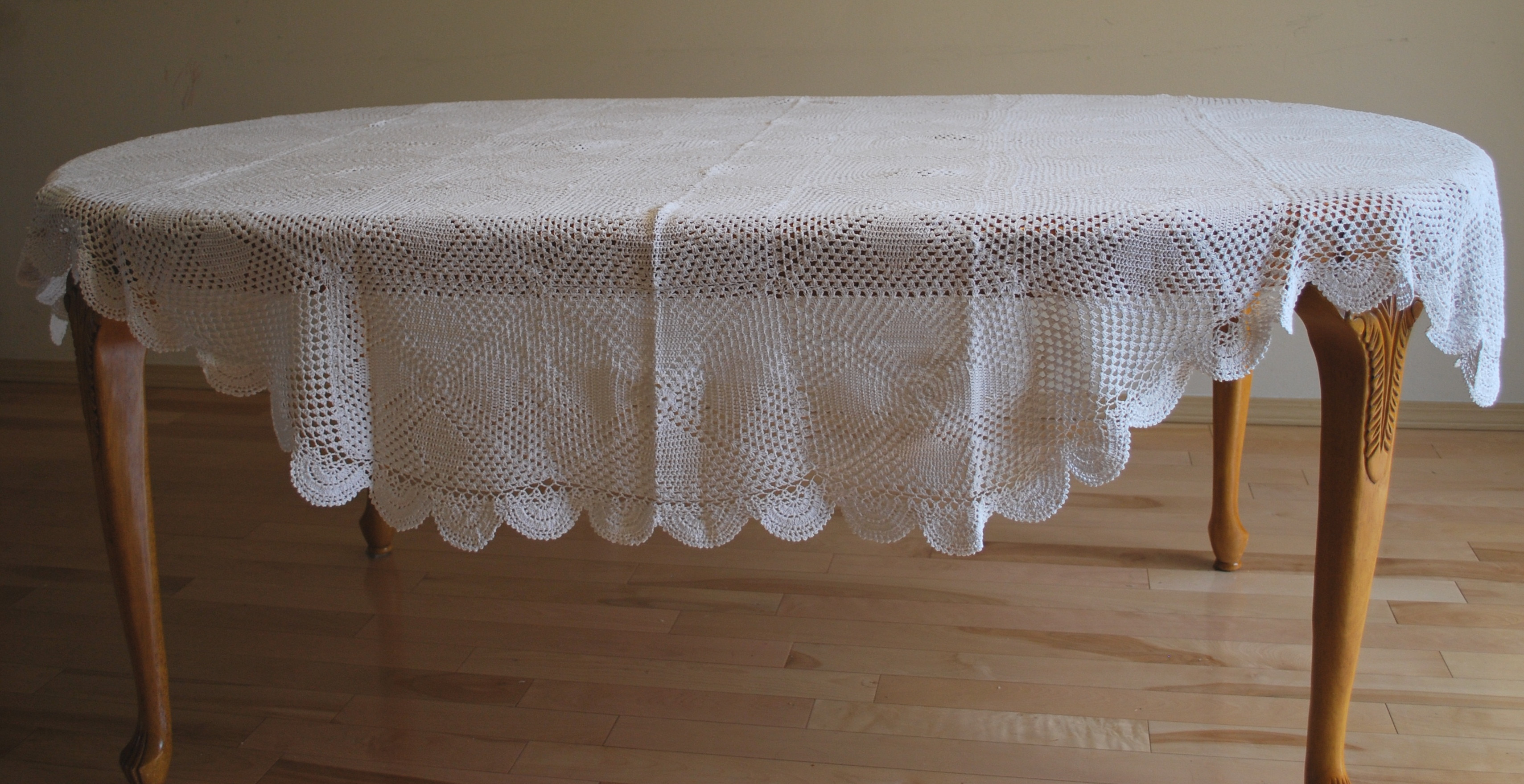 Beautiful Qualitylace Round Hand Crochet Lace Table Cloth Crochet Lace Tablecloths Of Luxury 47 Images Crochet Lace Tablecloths