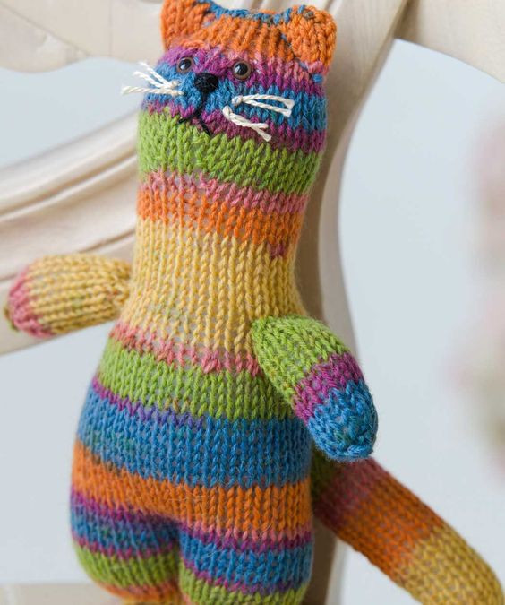 Sock Cats and Red hearts on Pinterest