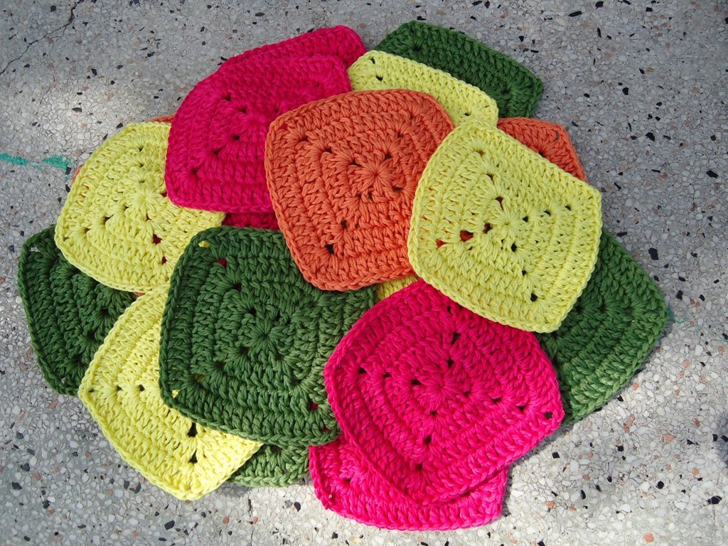 Beautiful Stitch Of Love Crochet Fashionable Bag Crochet Granny Squares together Of Marvelous 48 Pictures Crochet Granny Squares together