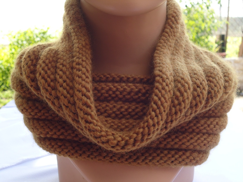 Stitch of Love Knit ribbed cowl