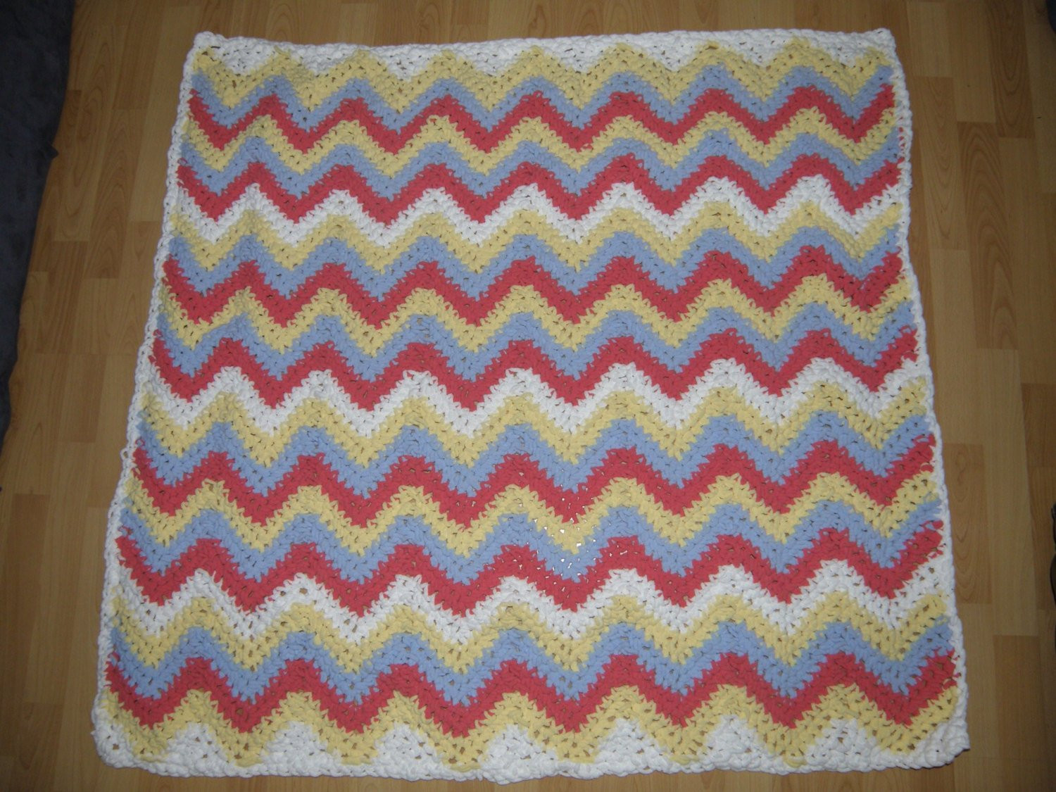 Beautiful Super soft Blanket Chunky Bernat Yarn Great Gift Bernat Chunky Blanket Yarn Of Fresh 50 Ideas Bernat Chunky Blanket Yarn