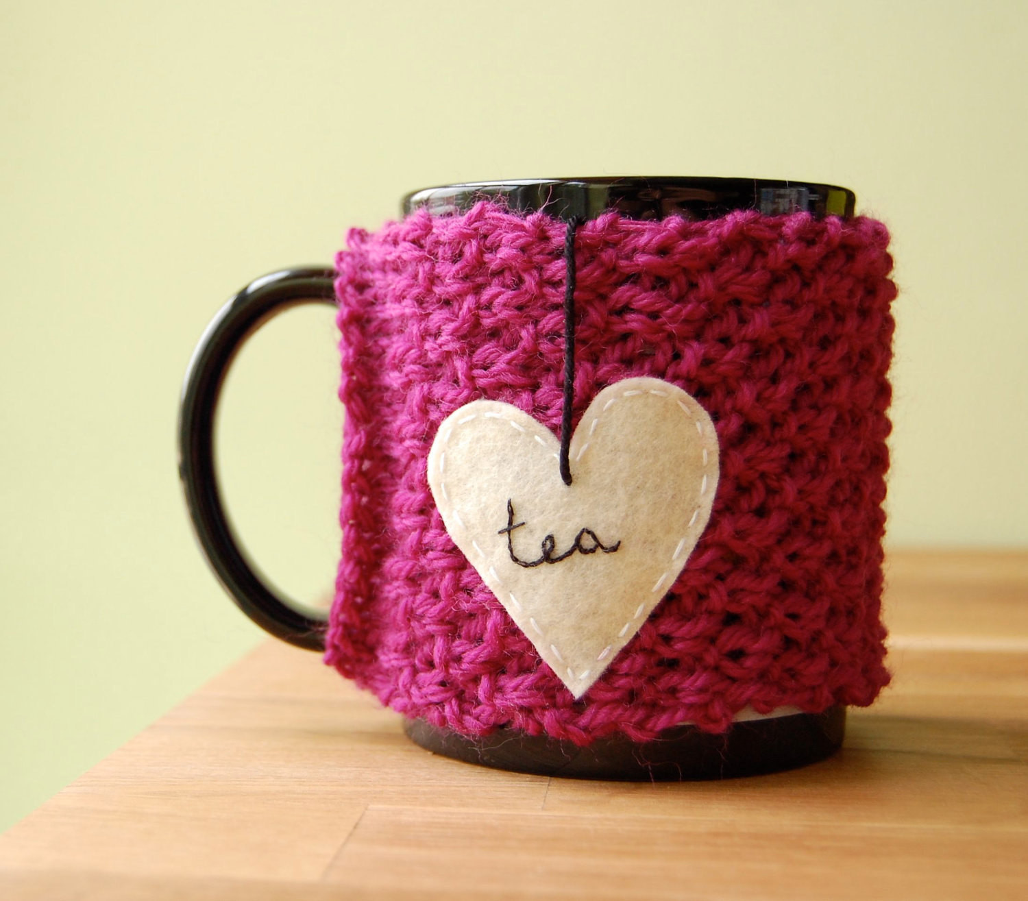tea love mug cozy knitted orchid pink