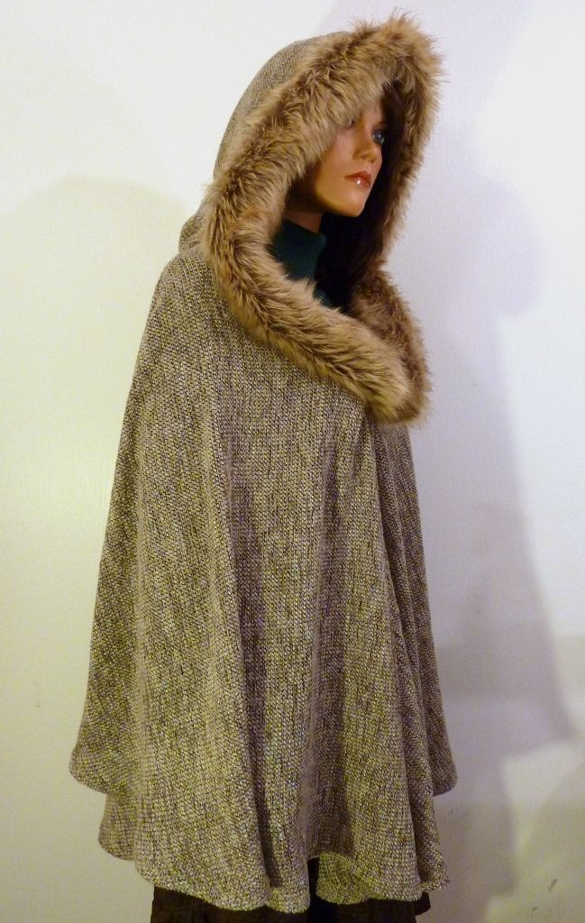 Beautiful the 25 Best Hooded Poncho Pattern Ideas On Pinterest Hooded Cape Pattern Of Great 42 Pictures Hooded Cape Pattern