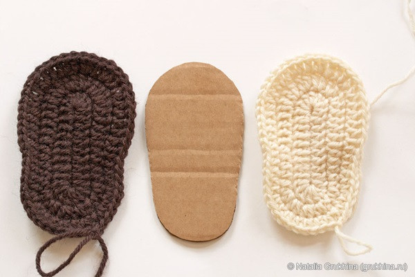 The Perfect DIY Crochet UGG Style Baby Booties The