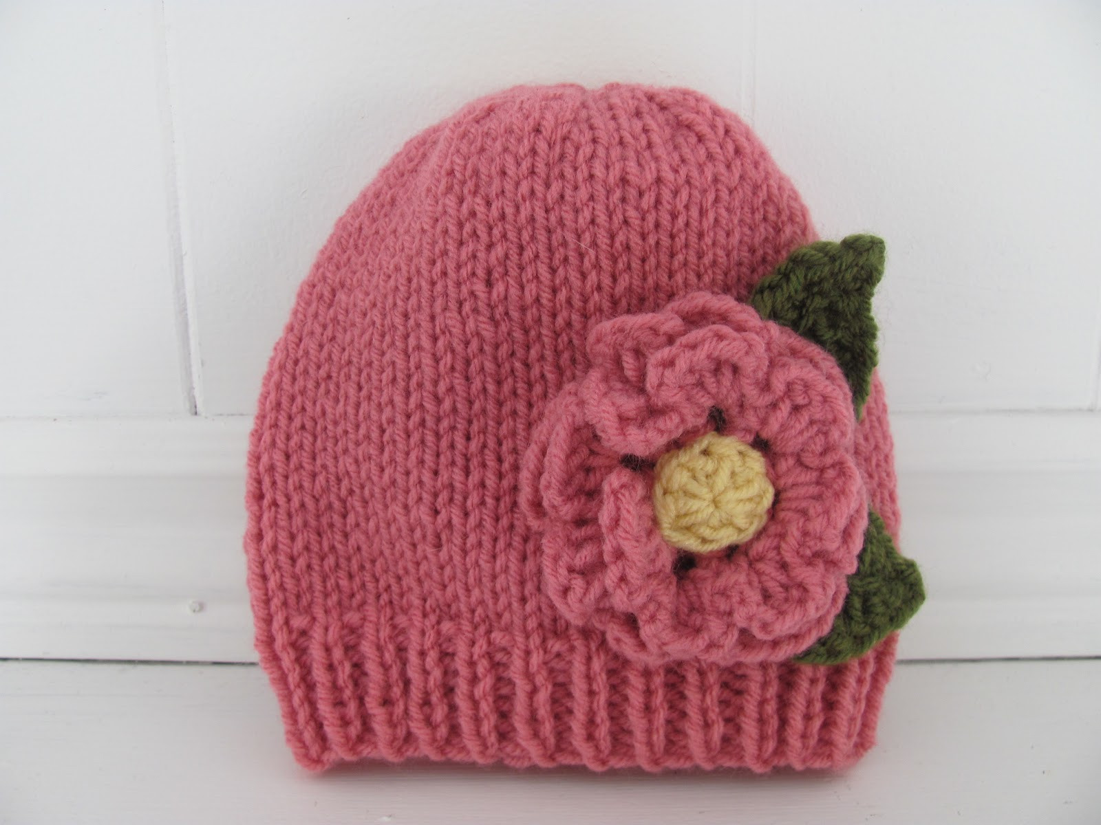Beautiful Twenty something Granny Crochet Hat Round Up Crochet Flower for Hat Of Beautiful 45 Photos Crochet Flower for Hat