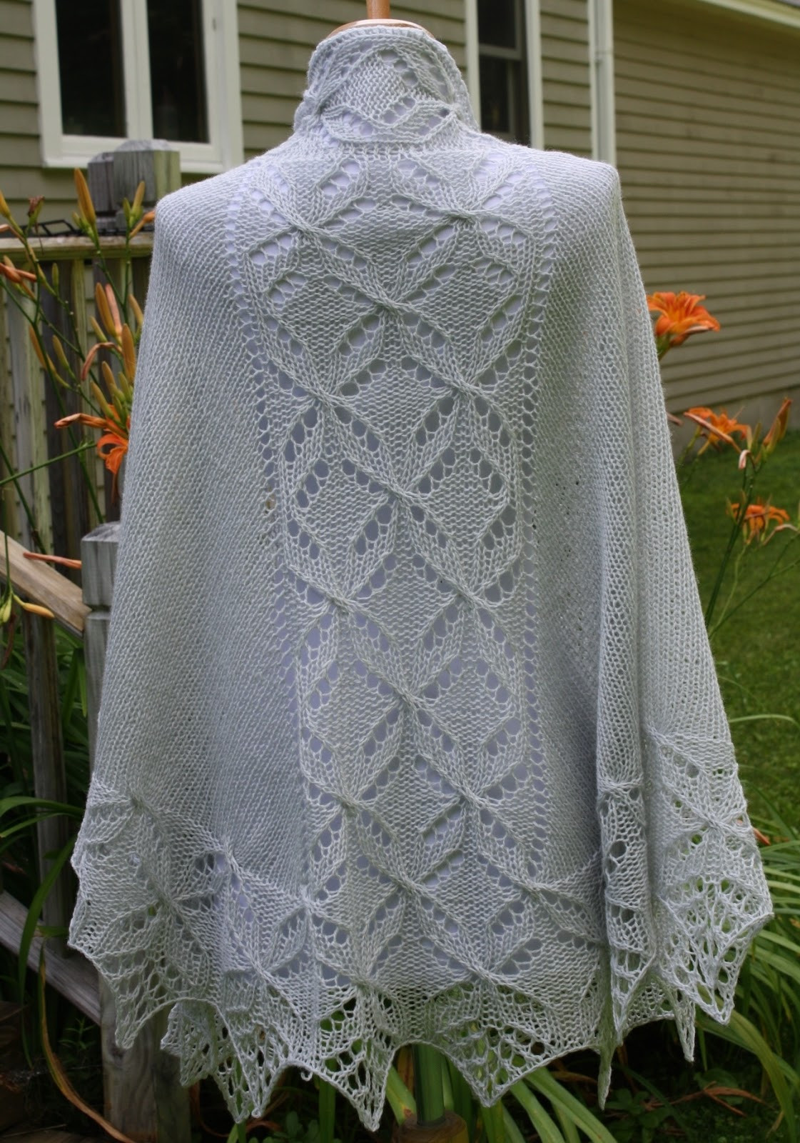 Best Of All Knitted Lace Pattern Release Lucky Quatrefoil Shawl Knit Lace Shawl Of Contemporary 41 Pics Knit Lace Shawl