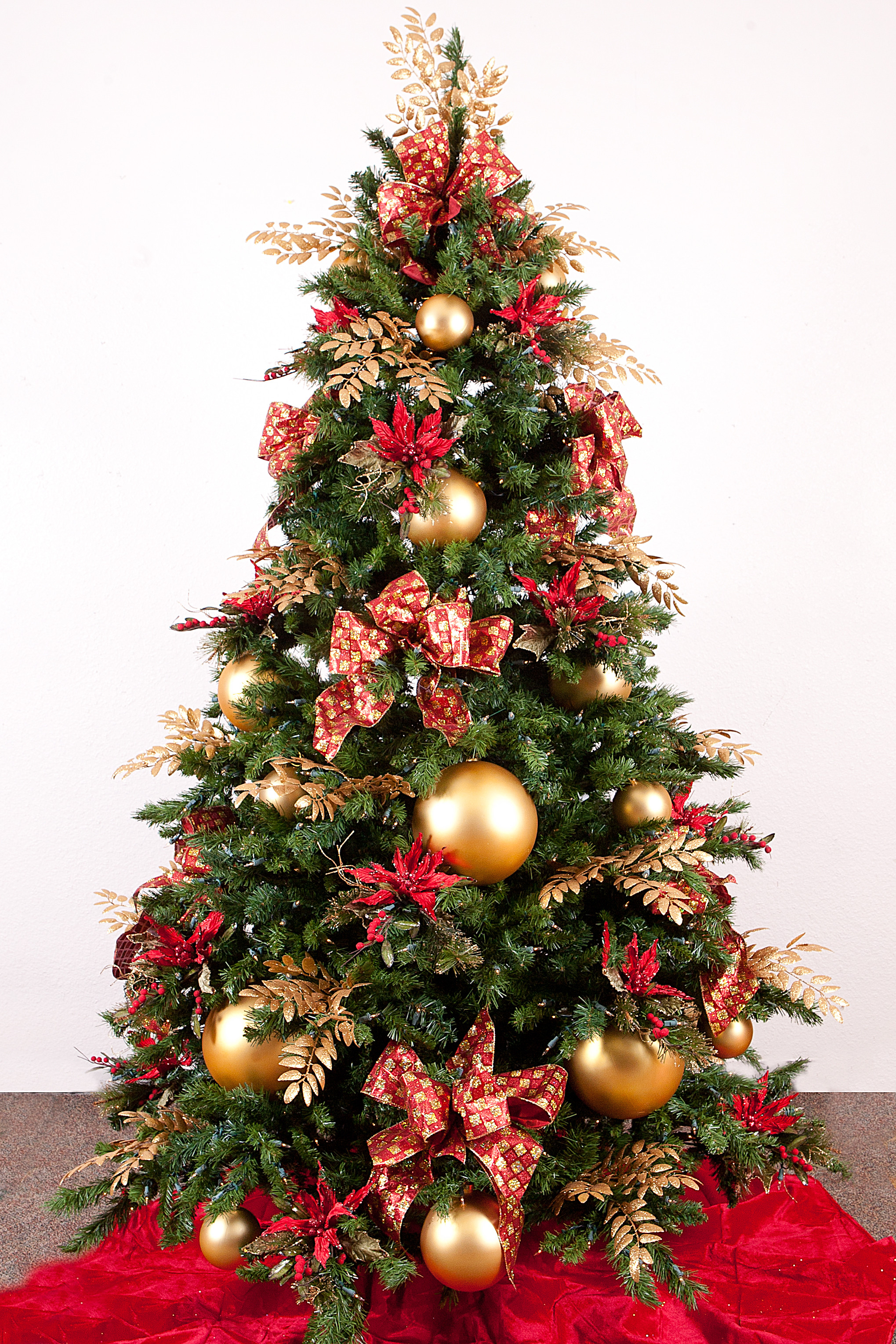 Best Of Christmas Tree Ideas Christmas Tree and Decorations Of Delightful 50 Pictures Christmas Tree and Decorations