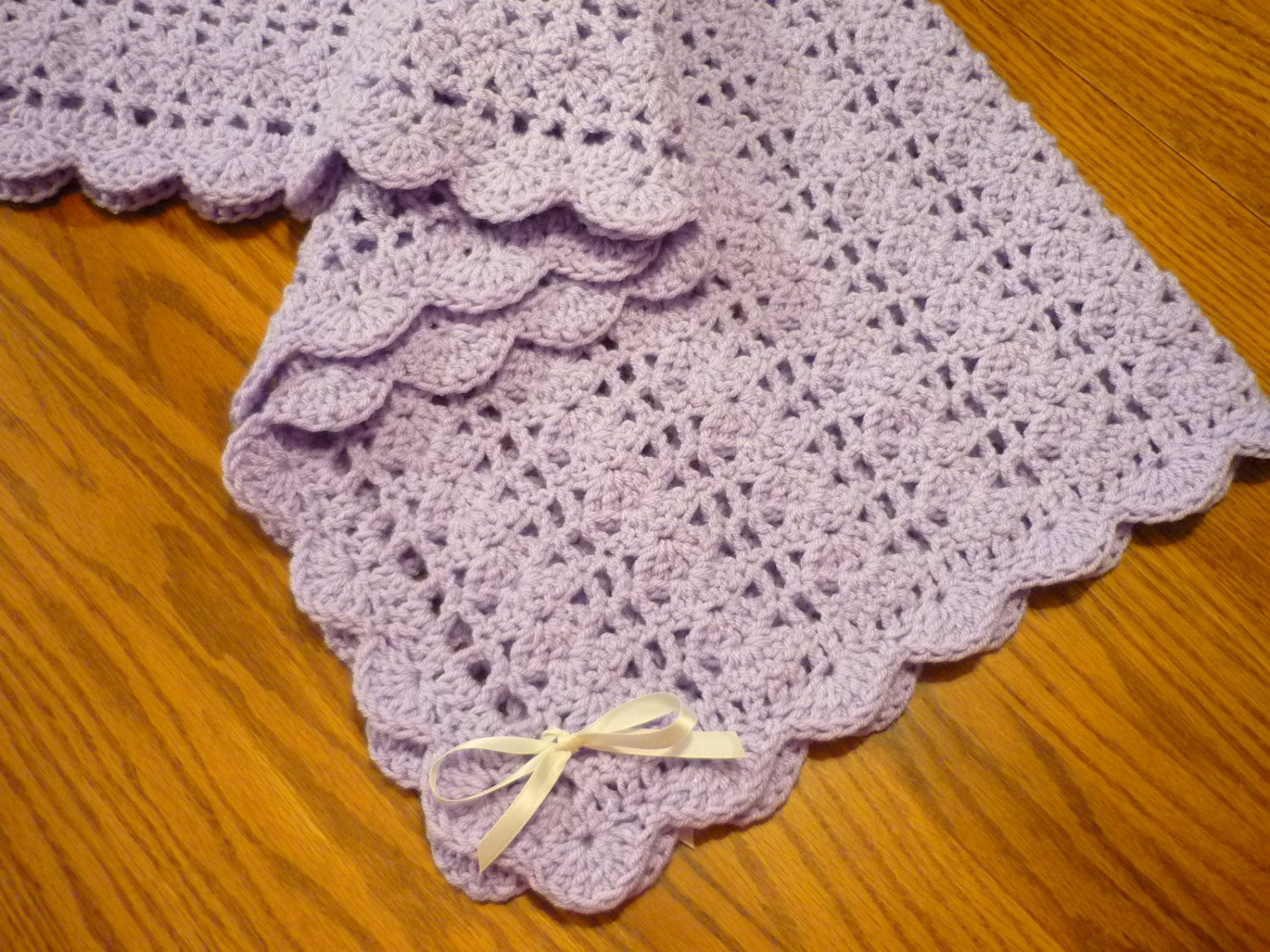 Best Of Crochet Baby Blanket Lacy Shell Stitch Crib Size Crochet Shell Baby Blanket Of Superb 42 Images Shell Baby Blanket