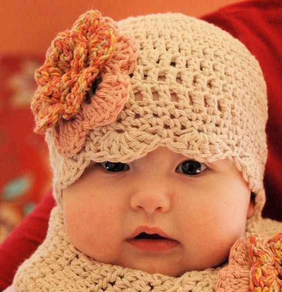 Crochet Baby Hats scalloped baby hat with flower pattern