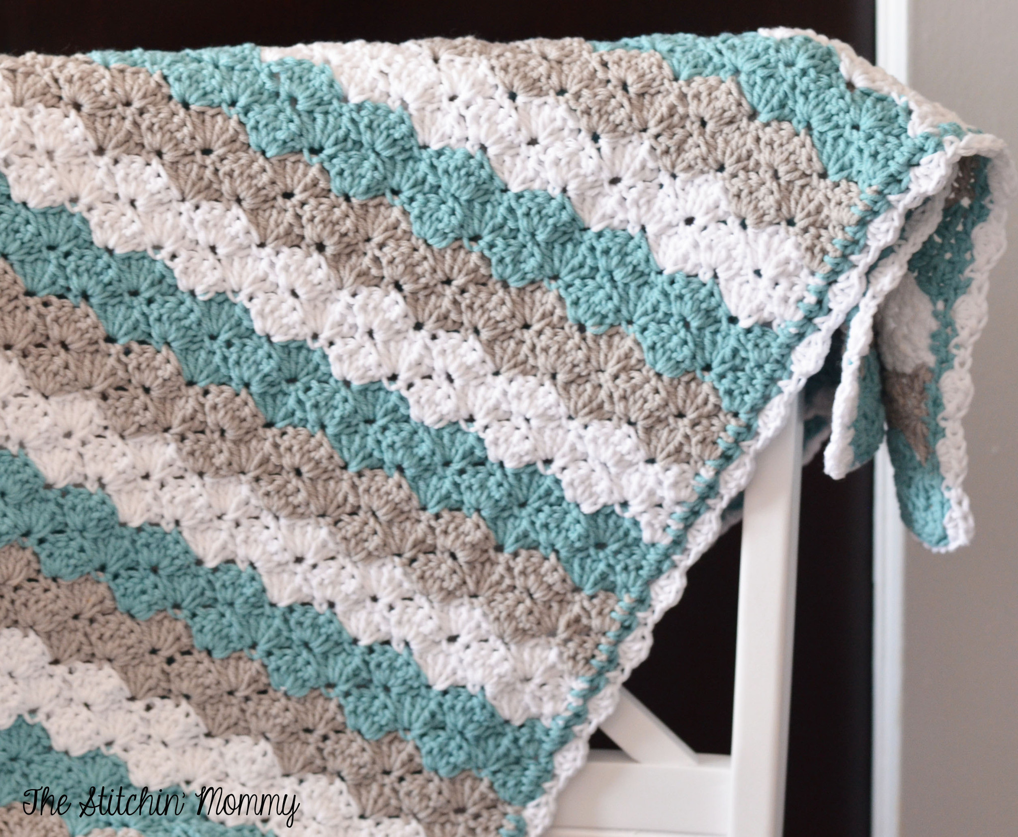 Crochet Shell Stitch Baby Blanket · How To Make A Baby