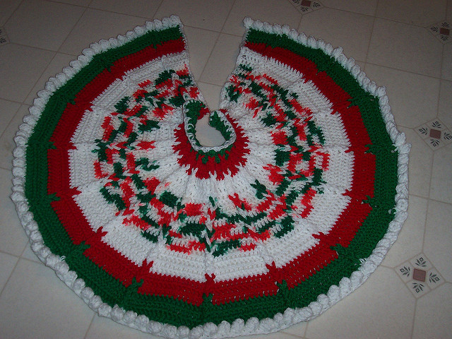 Best Of Crocheted Christmas Tree Skirts Crochet Tree Skirt Of Innovative 45 Ideas Crochet Tree Skirt