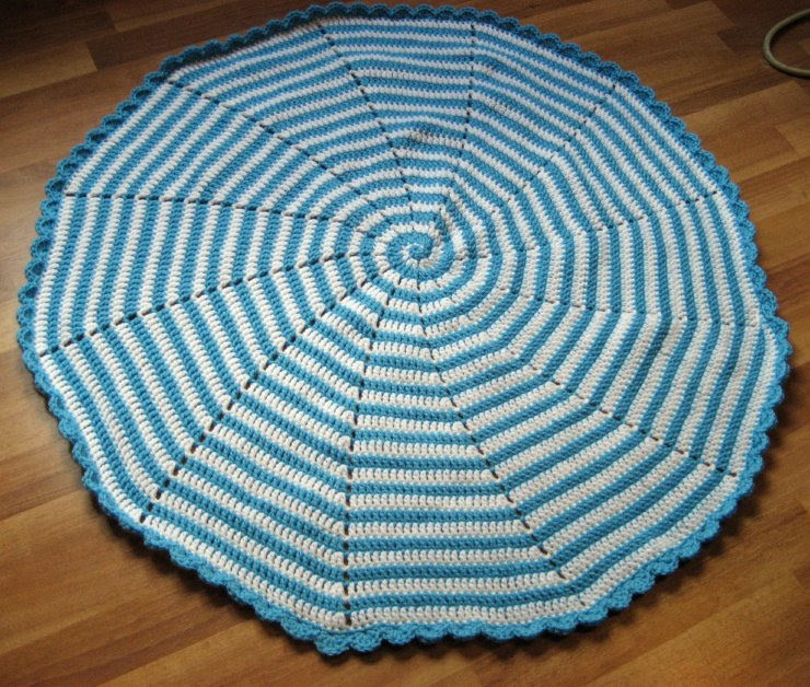 spiral baby blanket with free pattern