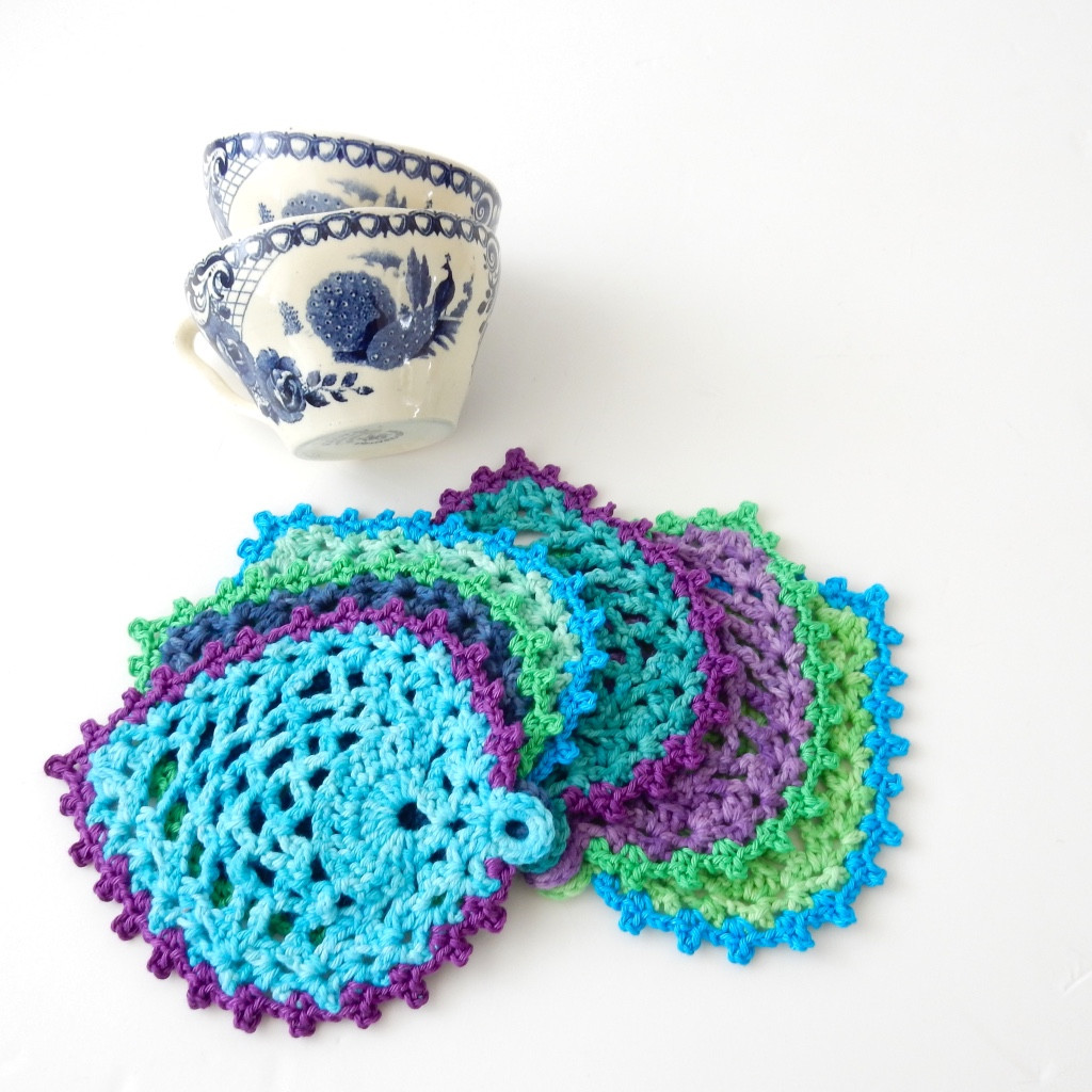 Best Of Free Crochet Pattern Peacock Style Pineapple Coasters Crochet Peacock Feather Of Great 44 Models Crochet Peacock Feather