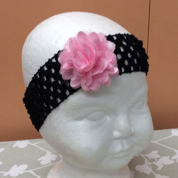 Items similar to Crochet elastic headband flowered shabby