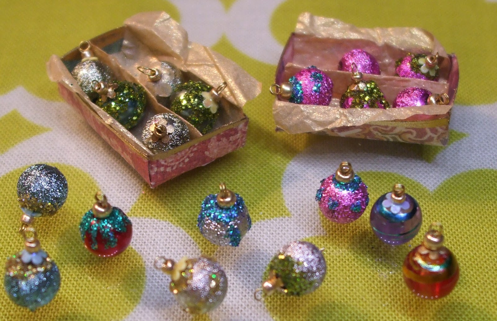 Best Of Kendra S Minis Tutorial Shiny Brite Vintage Style Miniature Christmas Decorations Of Fresh 50 Pictures Miniature Christmas Decorations