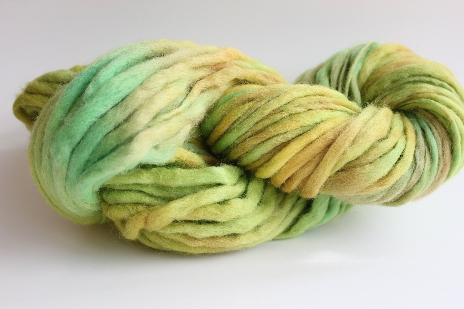 Best Of Kiwi Emerald Green Multi Color Hand Spun Hand Dyed Thick Emerald Green Yarn Of Gorgeous 43 Pics Emerald Green Yarn
