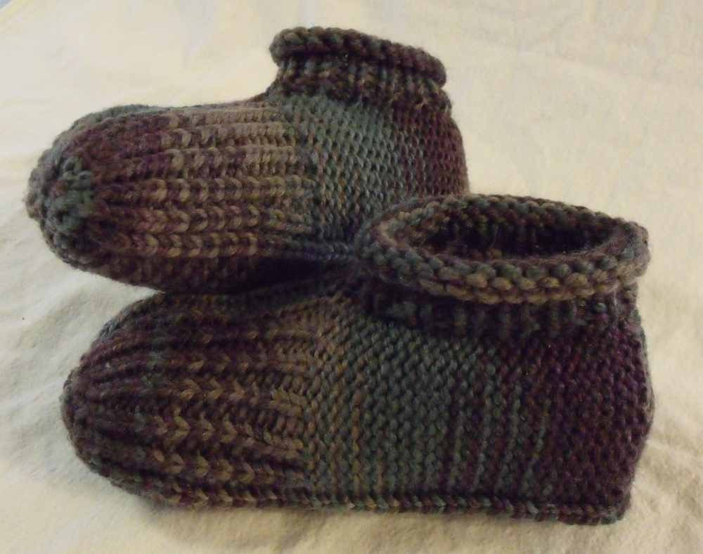 Best Of Kweenbee and Me How to Knit A Pair Of Slippers Mens Knitted Slippers Of Incredible 44 Pictures Mens Knitted Slippers