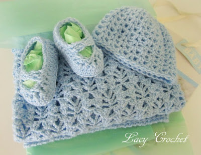 Lacy Crochet Yarn Review Snuggly Wuggly Big by Loops
