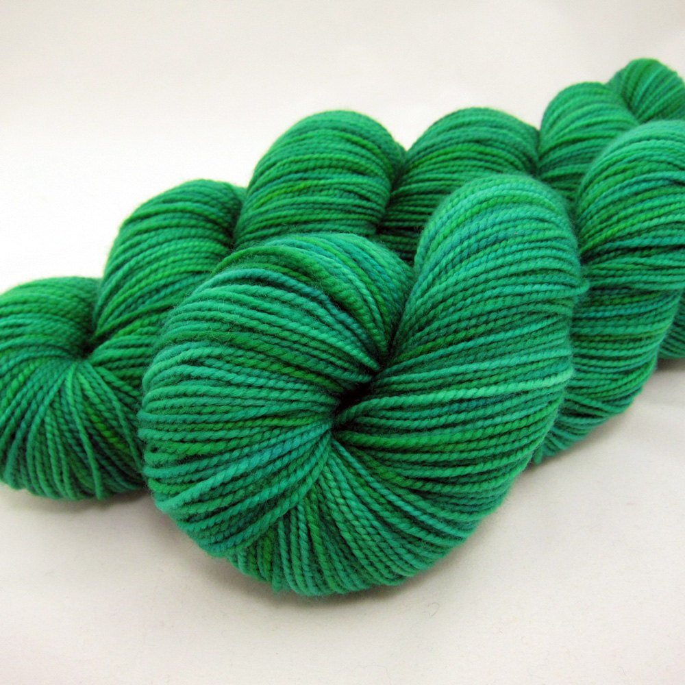 Best Of Lush Emerald Green Hand Dyed sock Yarn Sw Merino 400 Yds Emerald Green Yarn Of Gorgeous 43 Pics Emerald Green Yarn