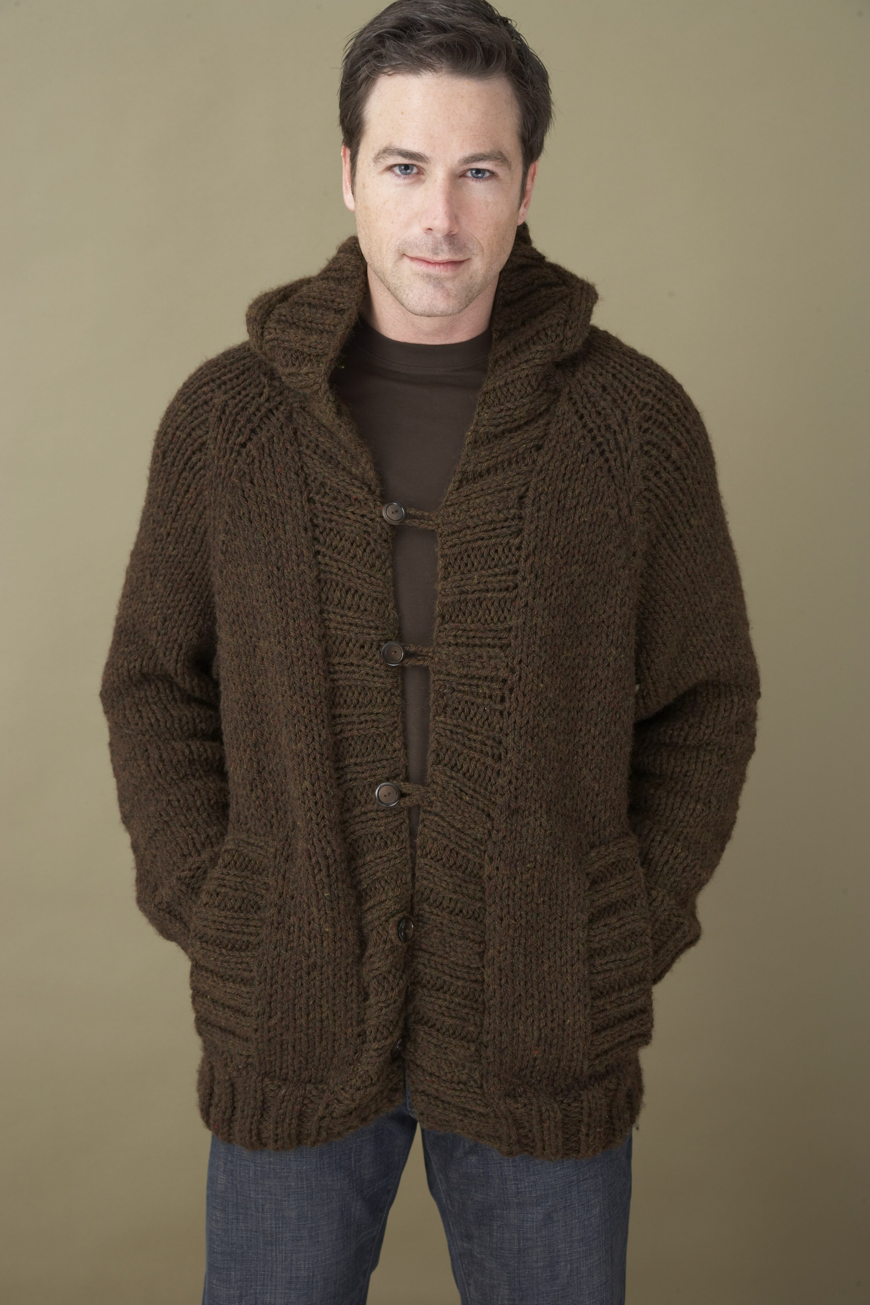 Best Of Saturday Morning Hoo In Lion Brand Wool Ease Chunky Mens Cardigan Knitting Pattern Of Unique 44 Models Mens Cardigan Knitting Pattern