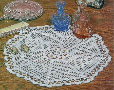 THREAD CROCHET PATTERN for EIGHT OF HEARTS DOILY