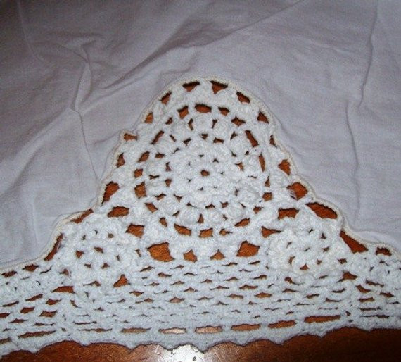 Best Of Vintage Bed Skirt Crocheted Edging King Crochet Bed Skirts Of Gorgeous 41 Pics Crochet Bed Skirts