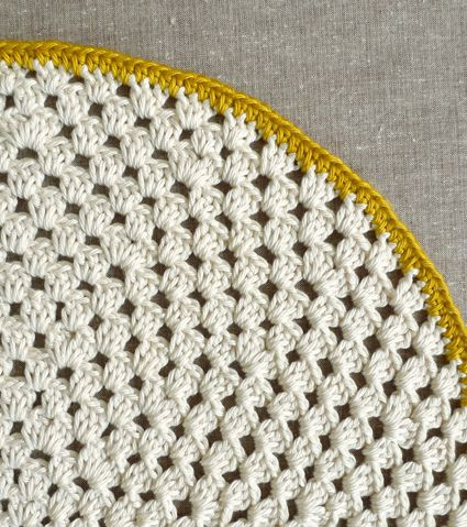 Whit s Knits Granny Circle Placemats The Purl Bee