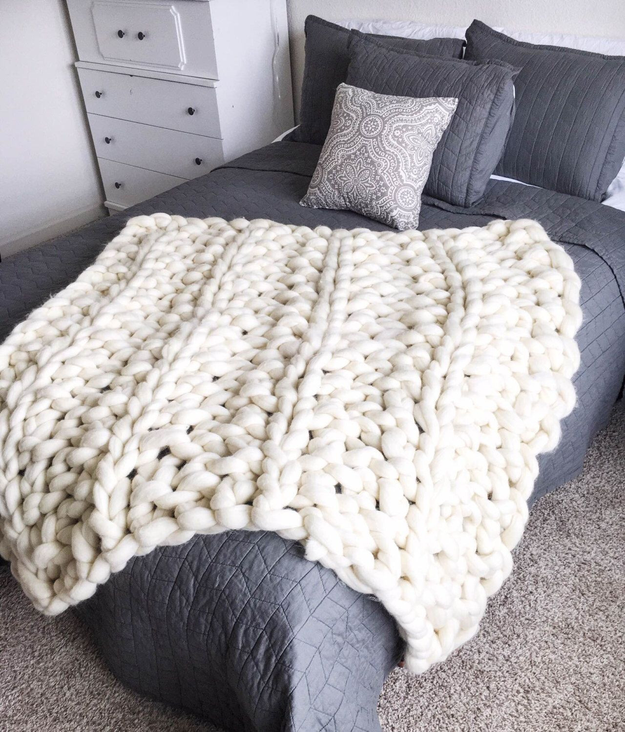 Big Knit Blanket Elegant Giant Chunky Arm Knit Blanket Of Delightful 46 Pictures Big Knit Blanket