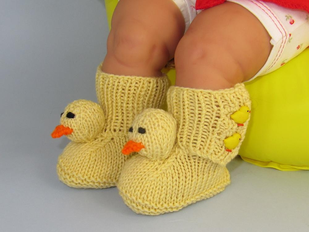 FREE Baby Chick Boots Booties Knitting pattern by