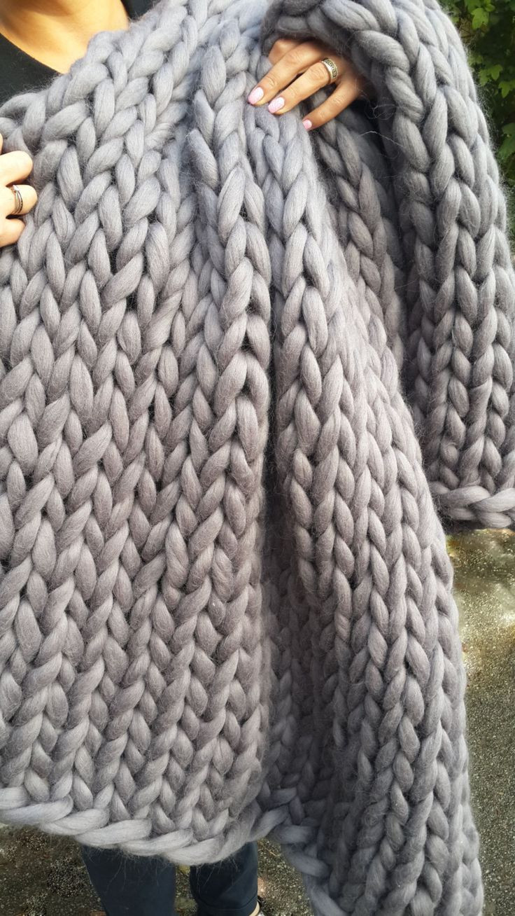 Bulky Yarn Blanket New 25 Best Ideas About Chunky Knit Throw On Pinterest Of Lovely 50 Pictures Bulky Yarn Blanket