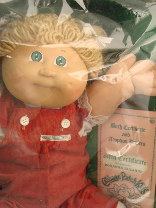 Cabbage Patch Kid 1984 Vintage Girl Doll MIB In Box