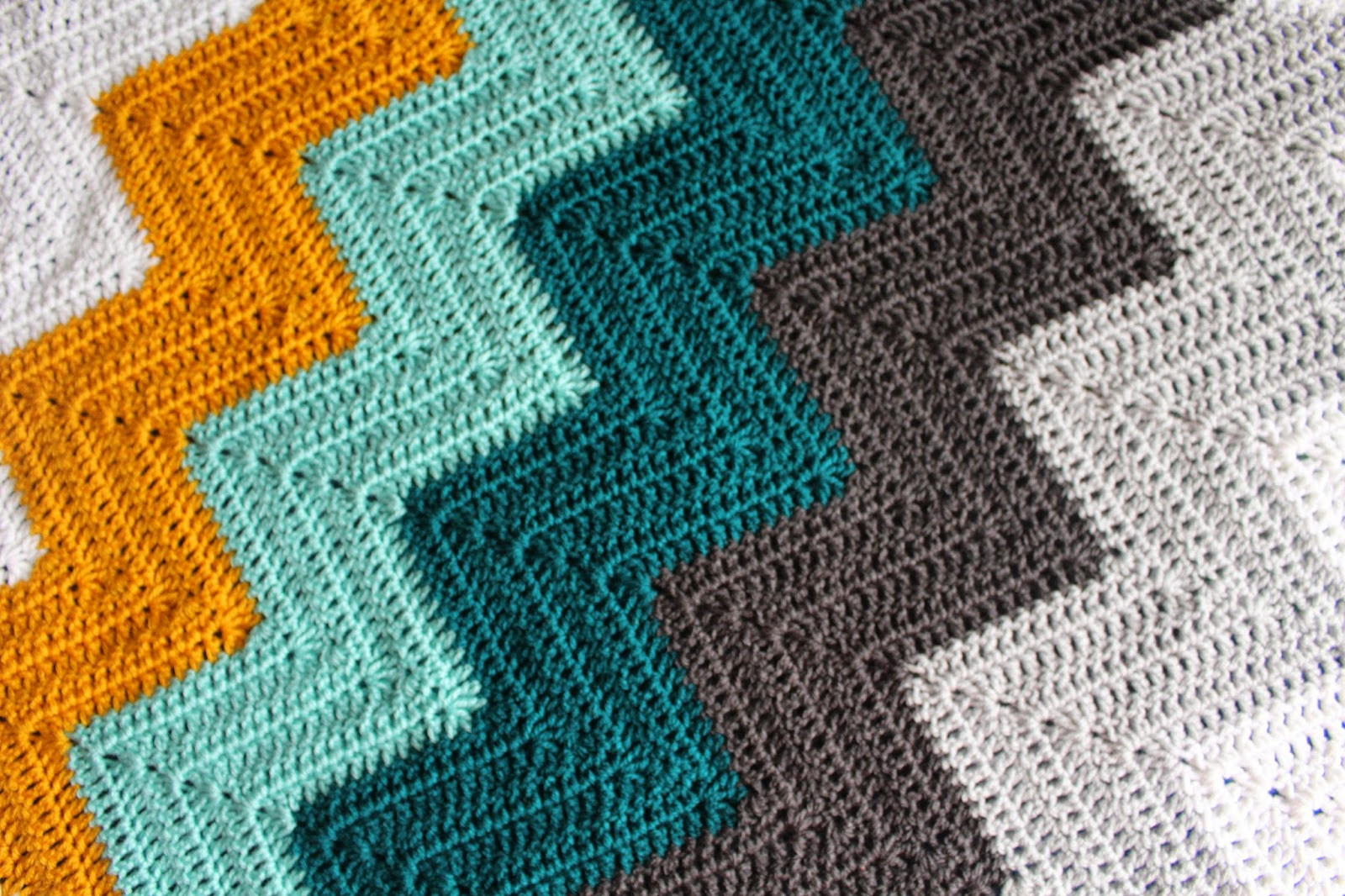 Chevron Baby Blanket New Lively Crochet Rhythmic Youth Teal Dreams Chevron Of Attractive 49 Pics Chevron Baby Blanket