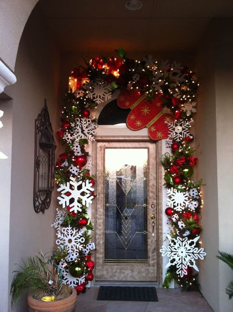Christmas Decoration Ideas Awesome 40 Stunning Christmas Porch Ideas Of Amazing 45 Photos Christmas Decoration Ideas