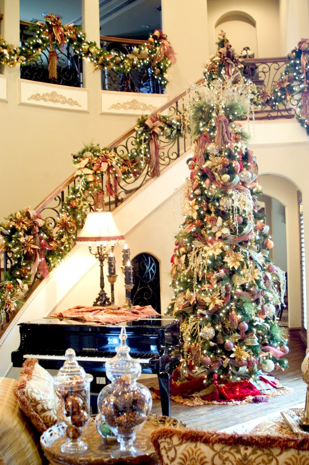 Christmas Decoration Ideas Best Of Christmas Decorations for Home Interior Of Amazing 45 Photos Christmas Decoration Ideas
