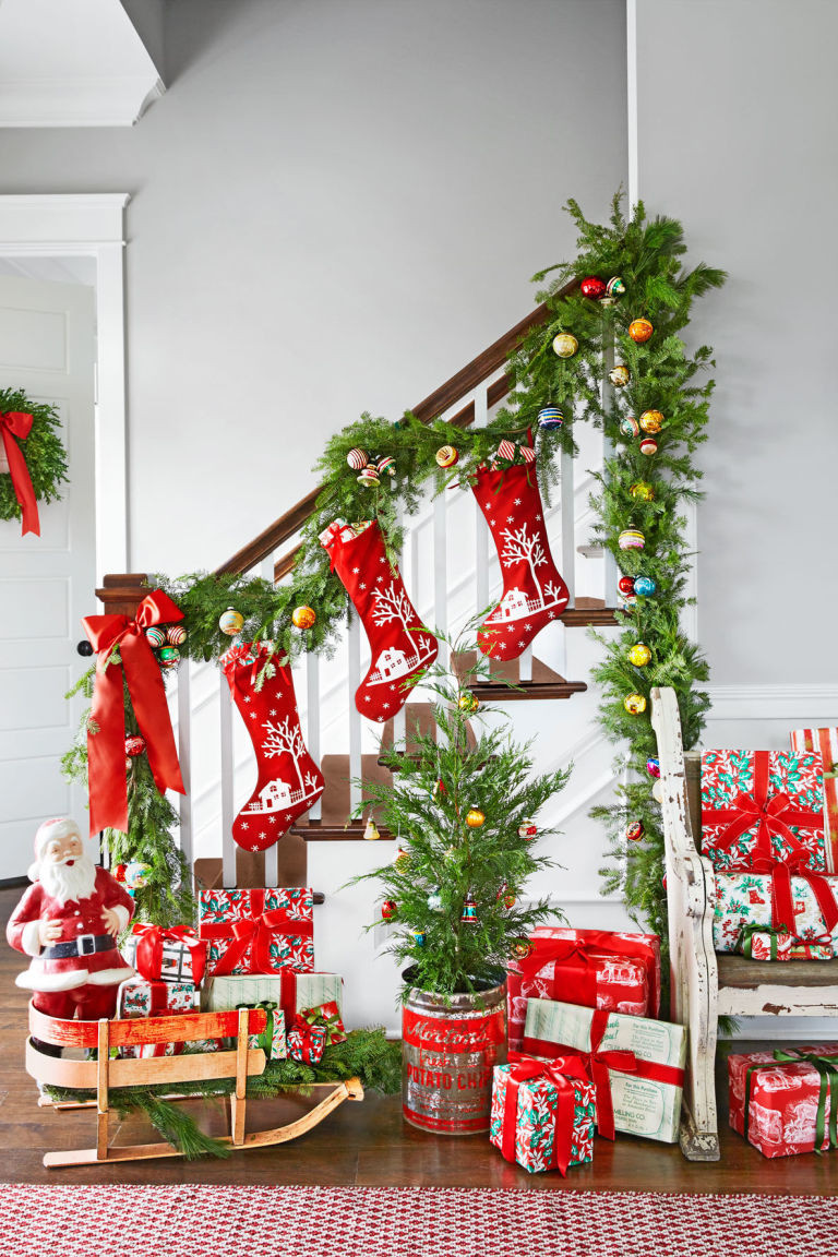 Christmas Decoration Ideas Inspirational Scintillating Christmas Garland Decoration Ideas Of Amazing 45 Photos Christmas Decoration Ideas