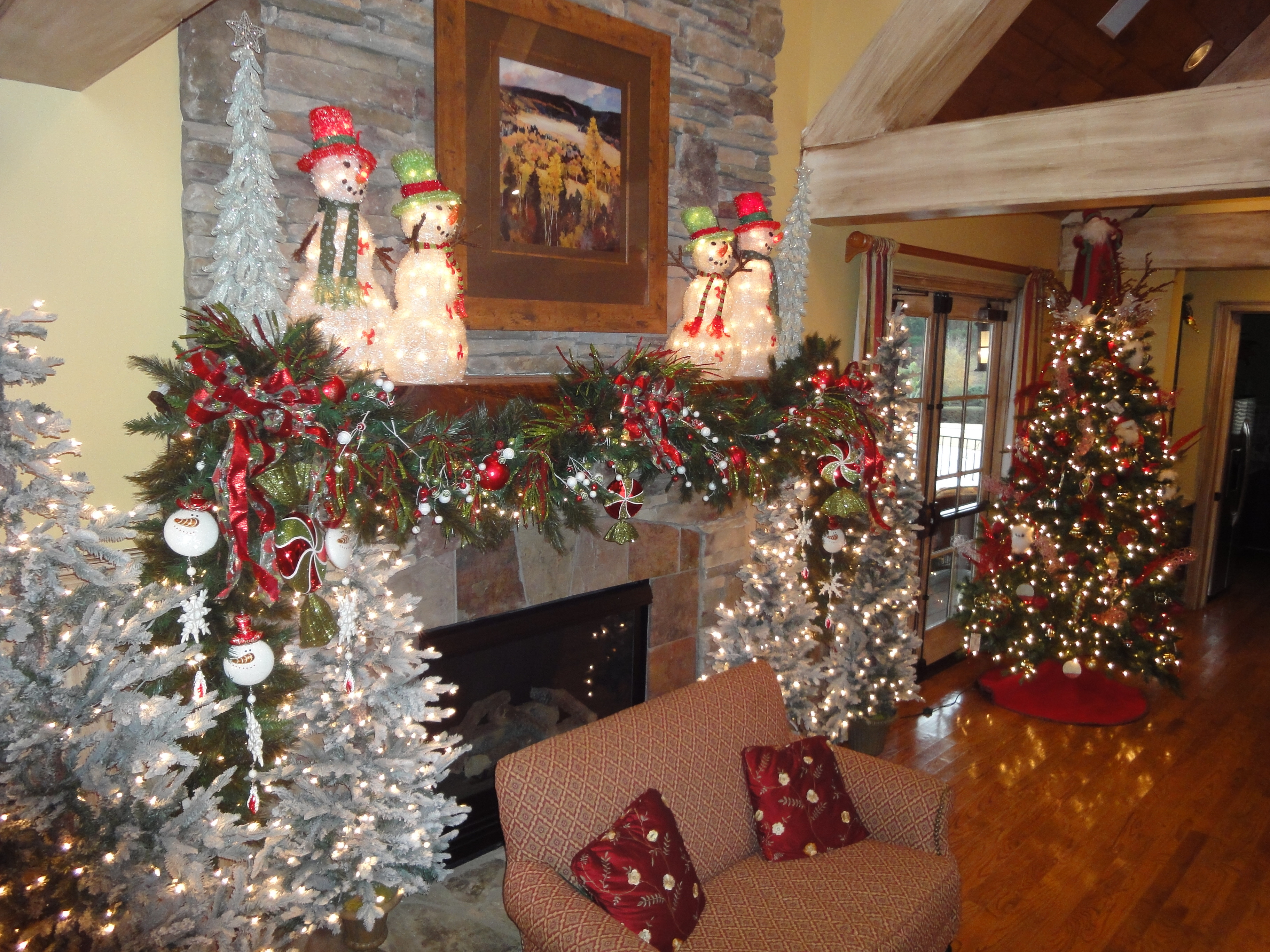 Christmas Decoration Ideas Lovely Christmas Decorating Ideas Cookie Outdoor Tree Of Amazing 45 Photos Christmas Decoration Ideas