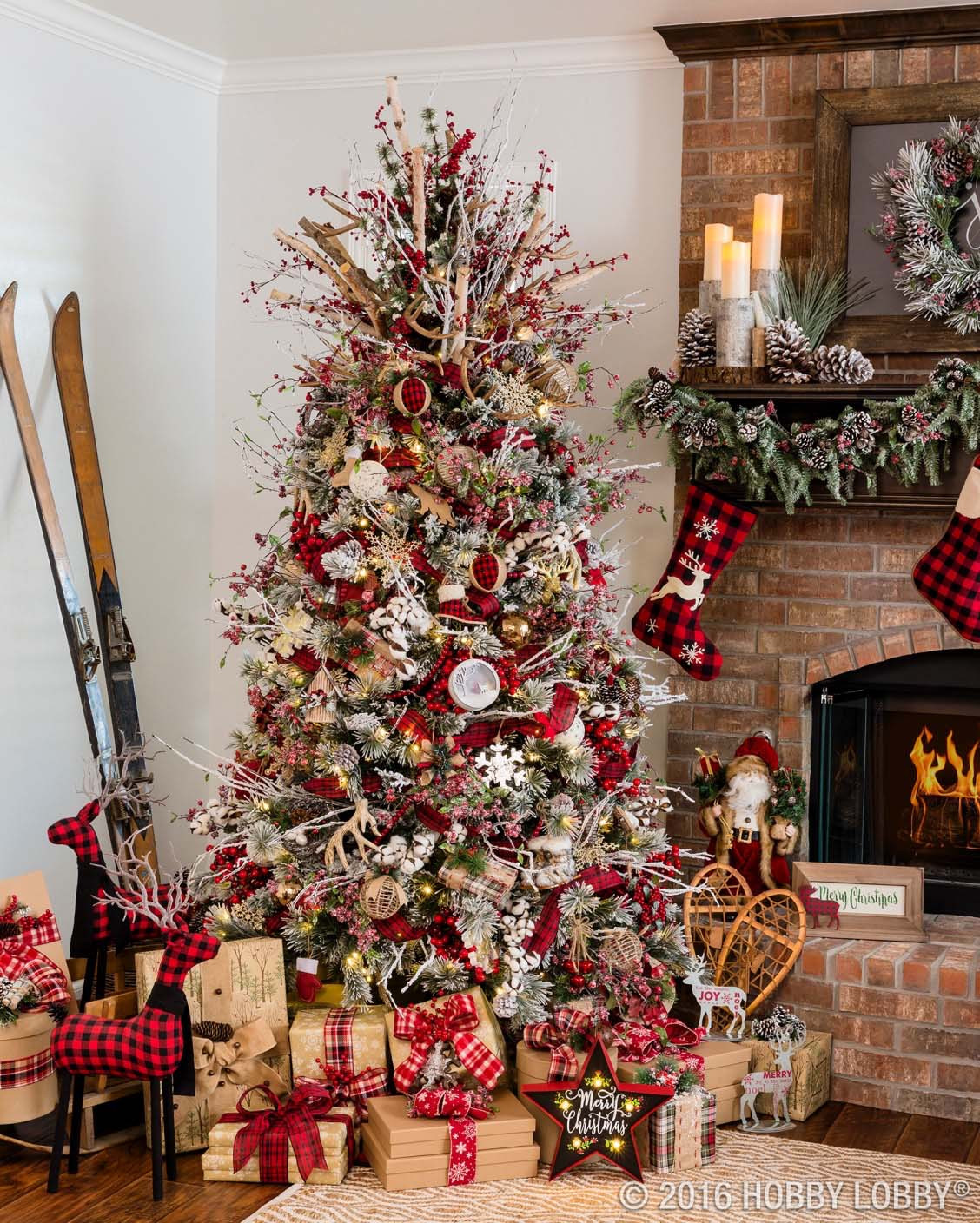 Christmas Decorators Fresh 30 Most Amazing Christmas Decorated Trees for some Holiday Of Christmas Decorators New 46 Beautiful Christmas Porch Decorating Ideas — Style Estate