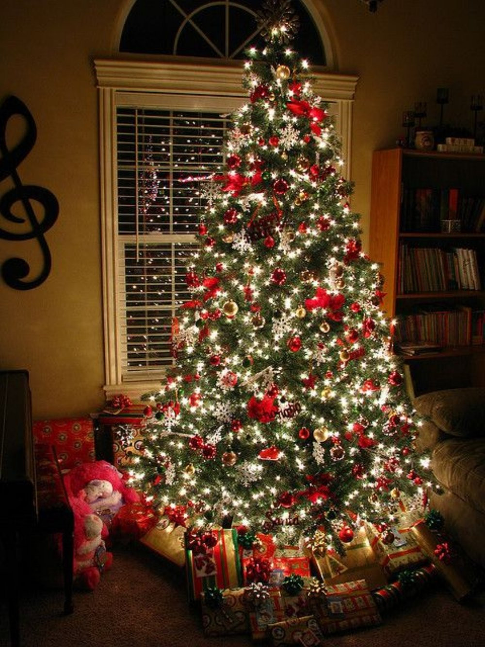 Christmas Decorators Lovely 20 Awesome Christmas Tree Decorating Ideas & Inspirations Of Christmas Decorators New 46 Beautiful Christmas Porch Decorating Ideas — Style Estate